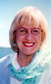 Angèle Arsenault, ancienne étudiante du Collège NDA.