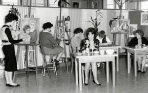 Studio d'art du Collège NDA vers 1960.