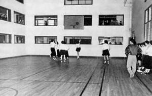 Équipe de ballon-panier du Collège NDA.