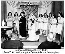 Scéance à Bouctouche en 1947. Père Zoël Landry et Père Désiré Allain à l'avant plan.