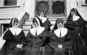 Soeurs de la Charité à Shédiac vers 1915.