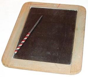 Craie d'ardoise utilisée autrefois pour écrire sur les petites ardoises.