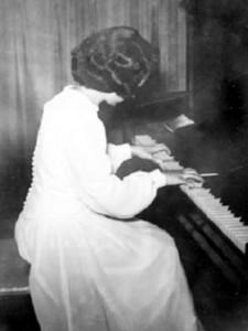 Lorraine Arsenault, 1949.